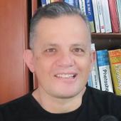 Iván Gómez - Adobe Certified Expert & Instructor - Profeivan